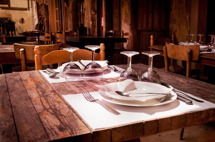 restaurant-738788_960_720